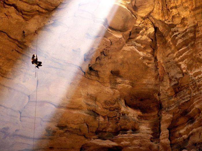 Caving, Majlis al Jinn, Oman