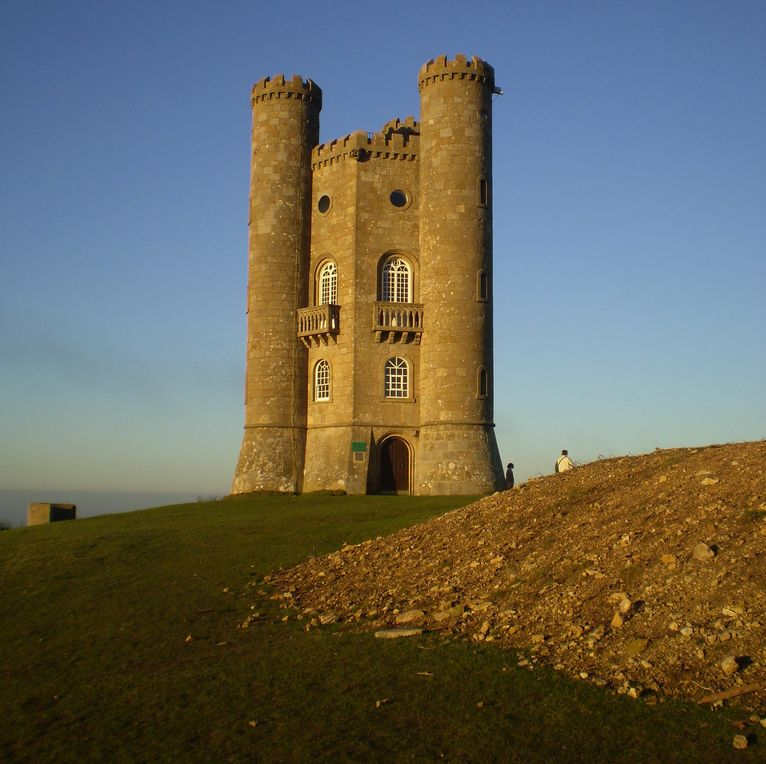 Broadway Tower along the Cotswold Way