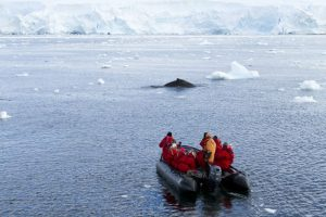 Expedition leader Cheli Larsen and her tem