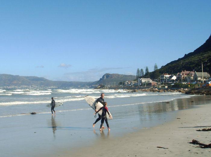 Surfer's Corner, Muizenberg
