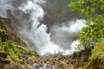Hiking Boiling Lake, Dominica