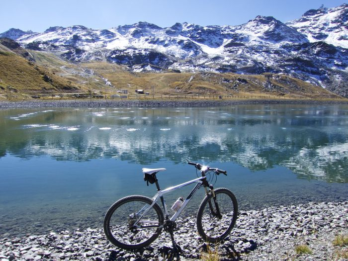 Lake- Val Thorens, France