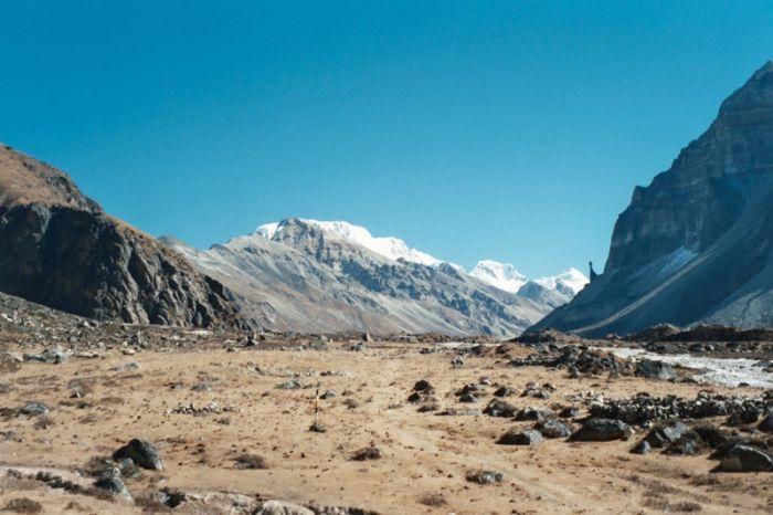 Raksi Rock - Ghunsa Valley, Kanchenjunga, Nepal