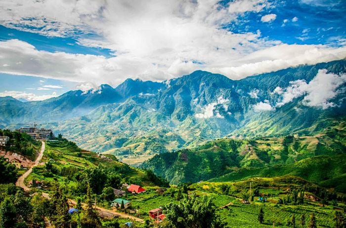 Mountains-Sa Pa, Vietnam