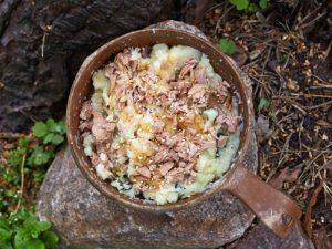 Wasabi mash with tuna