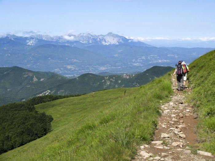 Views over views over the Garfagnana to the Alpi Apuane, Apennine Ridge trek, Italy