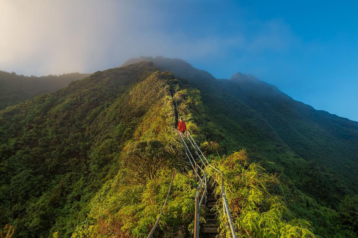 haiku stairs - extreme hikes of the world