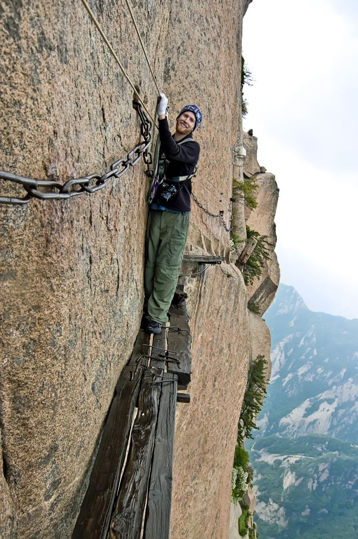 Mount Huashan in China - world's most extreme hikes