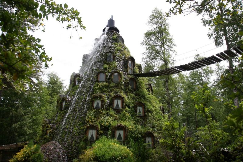 Montana Magica Lodge in Chile