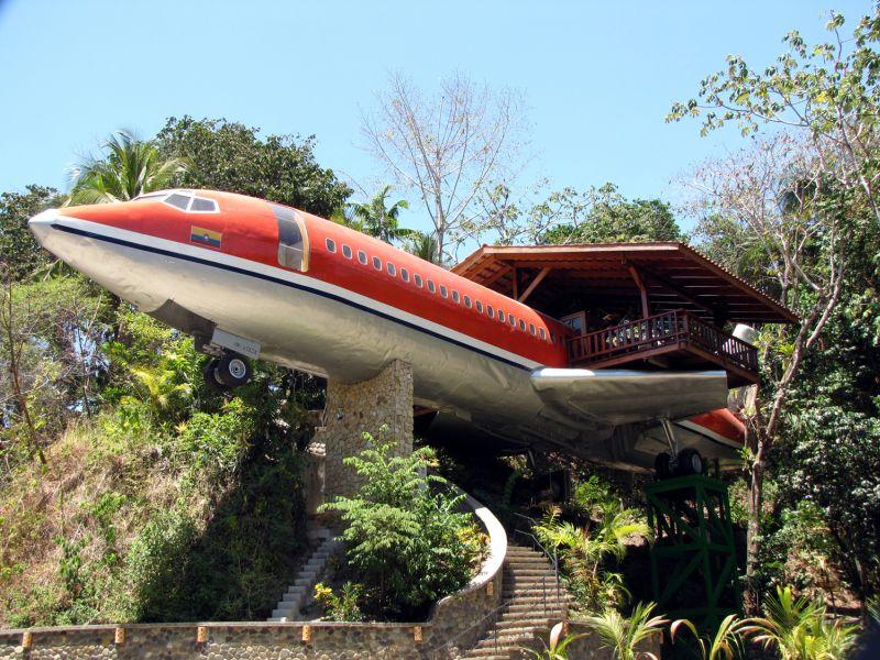 Aeroplane hotel in Costa Rica