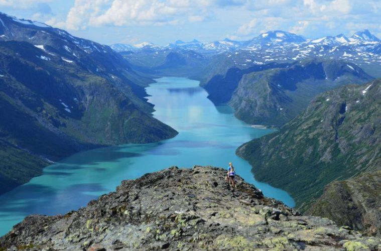 Besseggen-Ridge-Norway