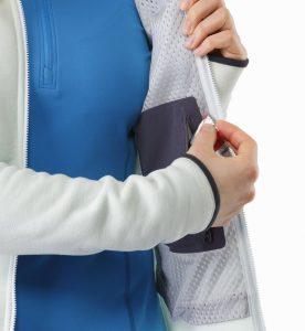 Arc'teryx women's Kyanite hoody pocket