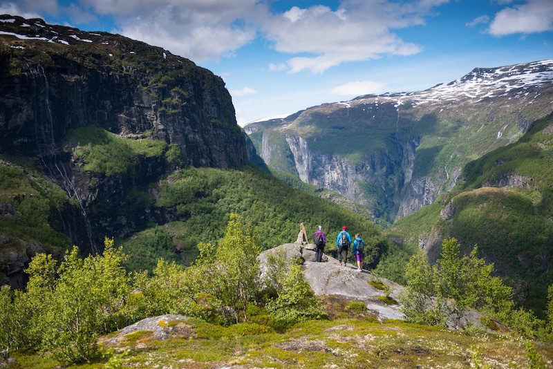 Hiking Aurlandsdalen in Norway