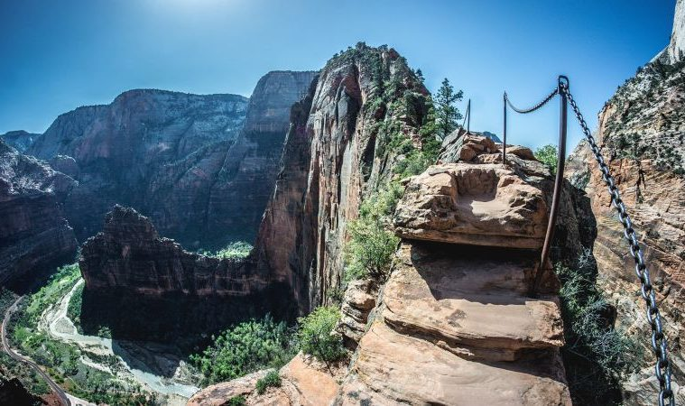 SCARIEST HIKES IN THE WORLD: ANGELS LANDING, UTAH