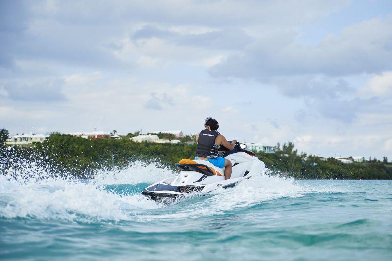 Jet skiing Bermuda