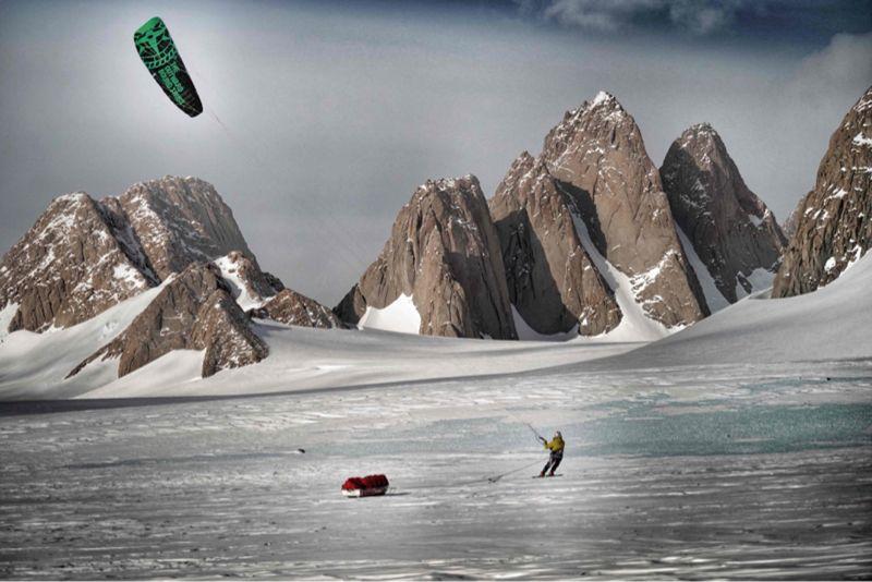 Snow kiting Antarctic Leo Houlding