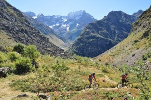 Cycling in the Southern French Alps