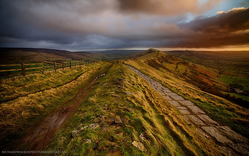 Mam Tor best walks in the Peak District