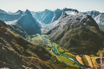 Romsdalseggen ridge, Norway - best ridge walks
