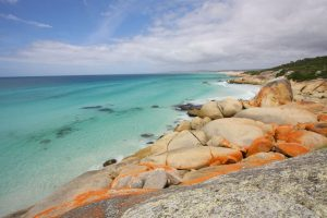 bay of fires, tasmania, best hikes outside of europe