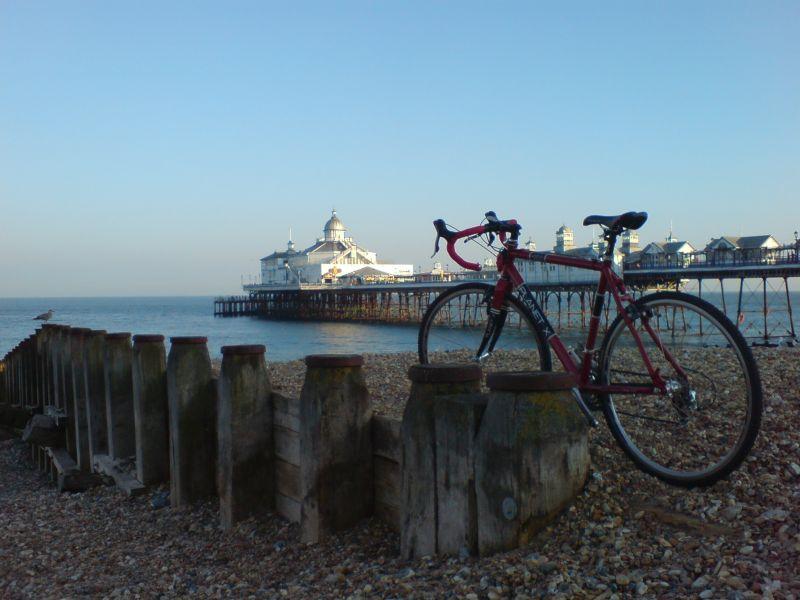 bike brighton pier