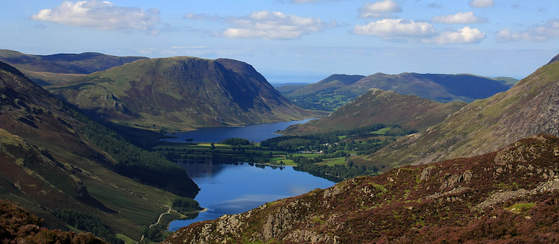 Photo of Buttermere lake and the surrounding mountains in the Lake District, England