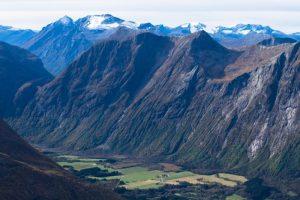 romsdalseggen ridge - best ridge walks