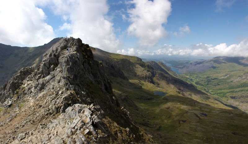 snowden horseshoe - best one-day walks in wales