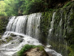 The four falls walk in Brecons Beacon - best uk walking routes for winter