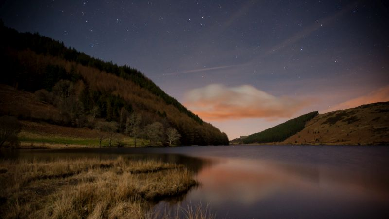 snowdonia on a night walk