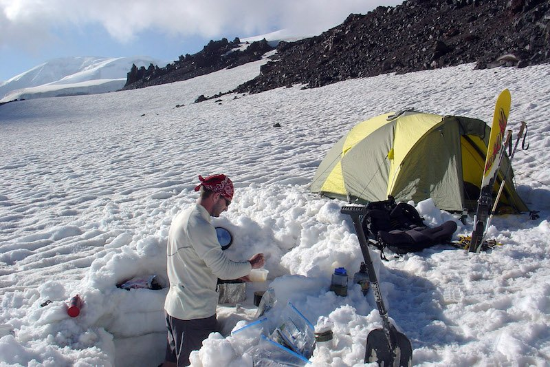 accomodation on mount elbrus - europe's highest mountain