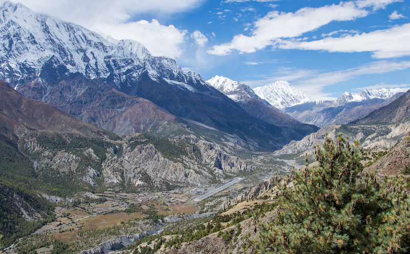 Annapurna circuit - world's most classic hikes