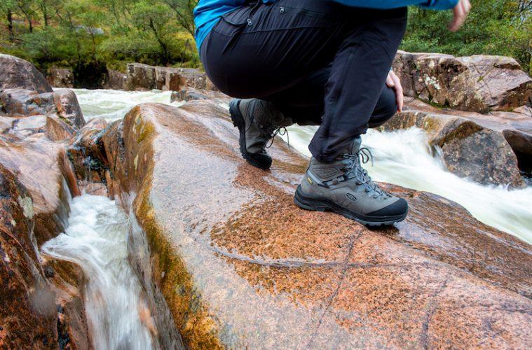keen karraig hiking boots water stream