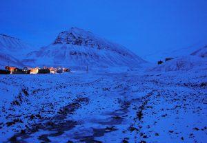 polar night in longyearbyen