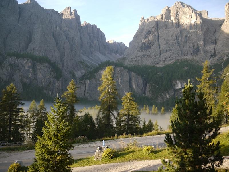 colfosco hiking best hikes alta badia south tyrol