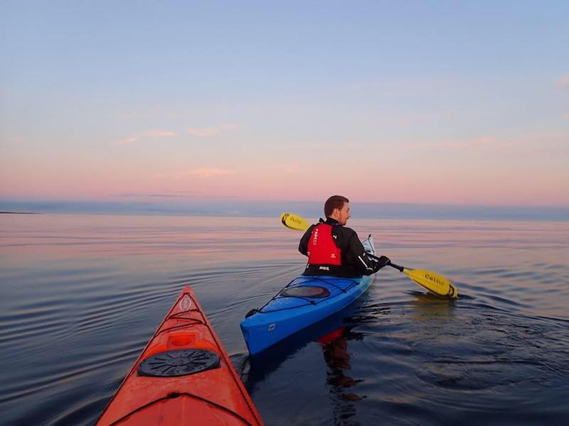 kayaking in the falklands