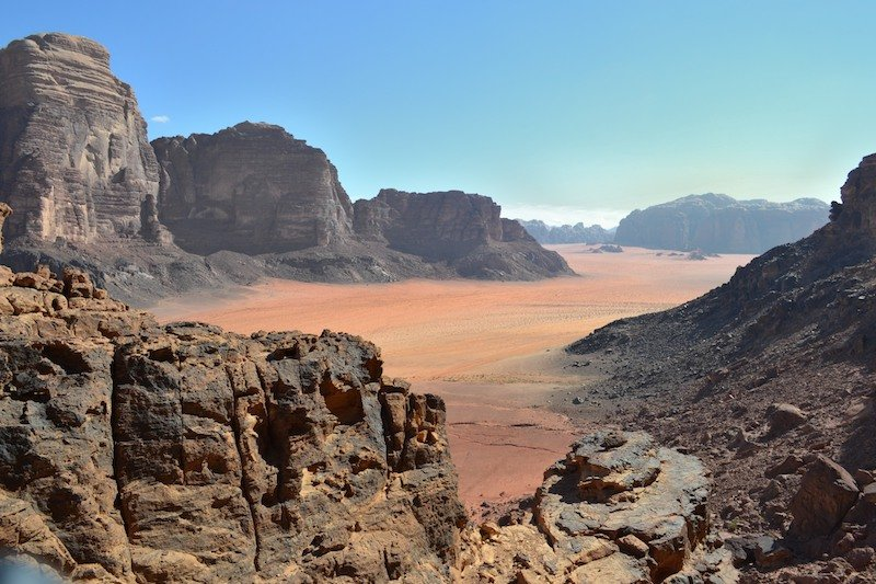 wadi rum jordan trail best hiking in jordan