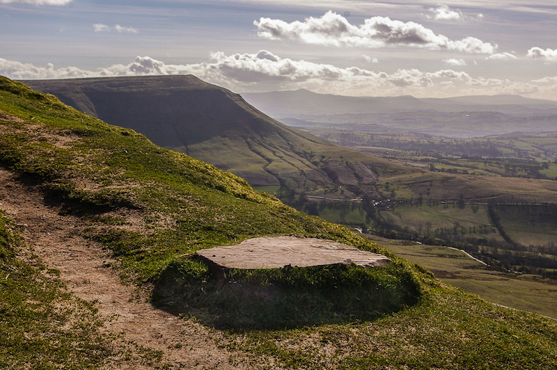 lord herefords knob best of brecon beacons walks