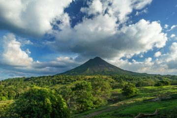 Costa Rica Volcano Hiking destinations for winter sun