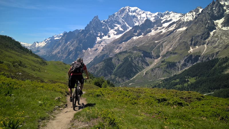 Mountain biking in the beautiful Aosta Valley