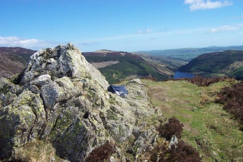 crimpiau summit, excellent half-day hikes in Snowdonia