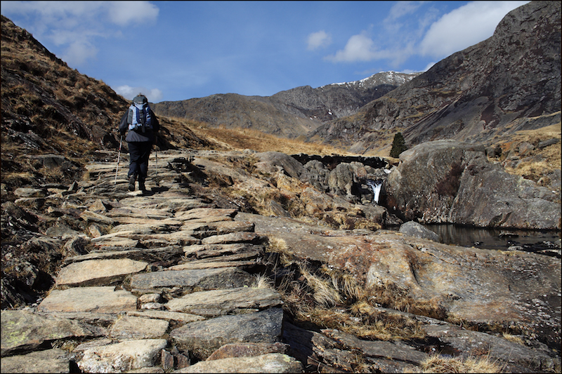 Cwm llan path best half-day hikes in Snowdonia