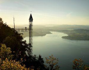 Aussicht auf den Hammetschwandlift und den Vierwaldstättersee