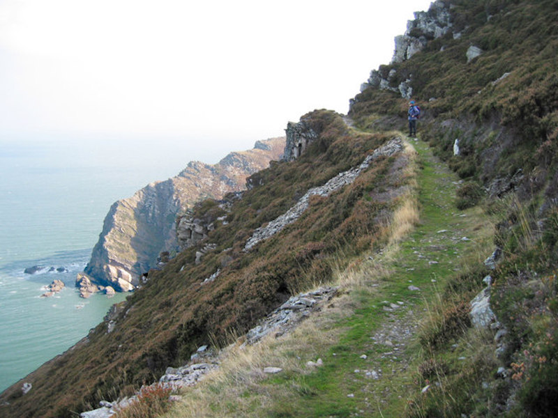 Path at Heddon's mouth, winter coastal hikes in the UK