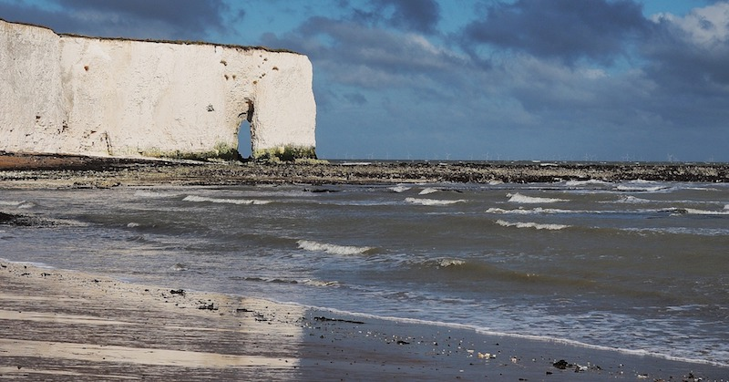 Kingsgate bay on the path to broadstairs from Margate, best uk winter coastal hikes