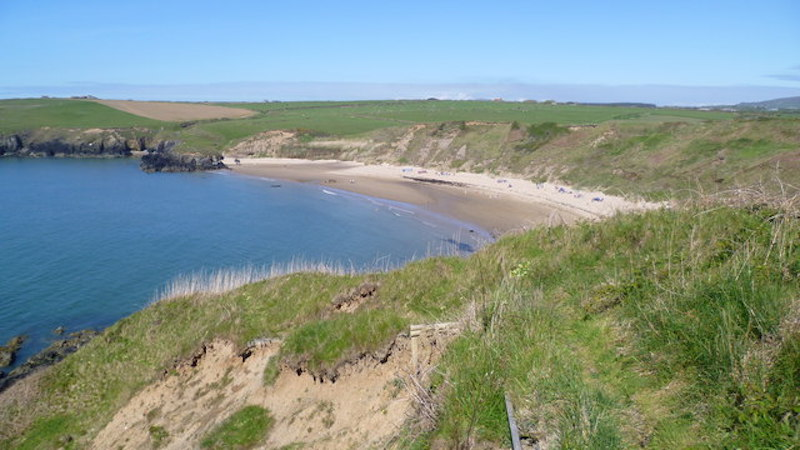 A view of whistling sands on the wales coast path