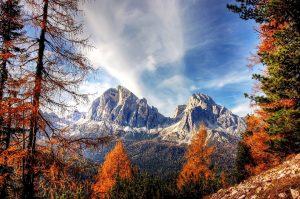polarised autumn photography in the dolomites