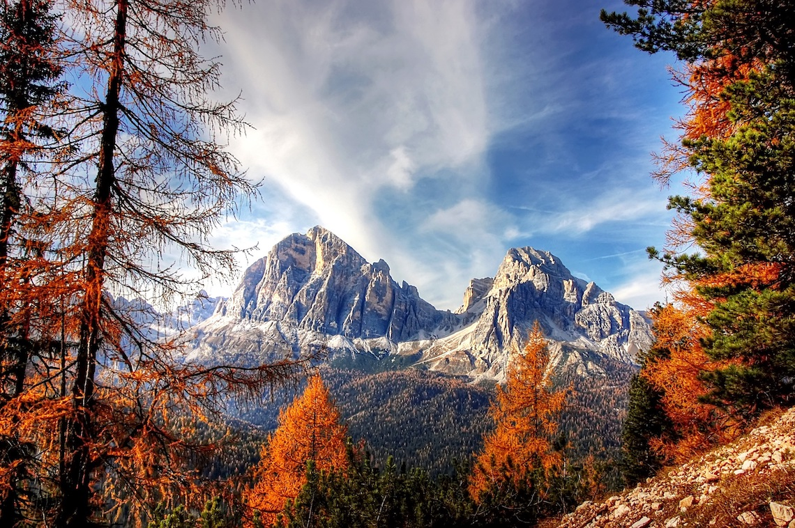 polarised autumn photography in the dolomites