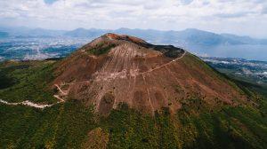climbing mount Vesuvius, adventures in Southern Italy
