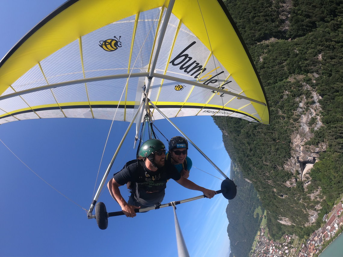 hang gliding spending 72 hours in interlaken